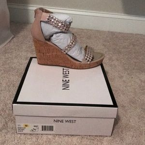 Nine West women's size 11 blush wedge sandal